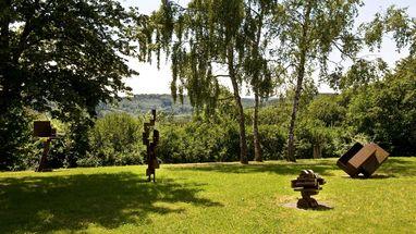 Blick auf die Sammlung Domnick und den Skulpturengarten; Foto: Stiftung Domnick, Rose Hajdu