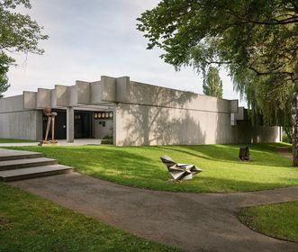 Das Gebäude der Sammlung Domnick; Foto: Staatliche Schlösser und Gärten Baden-Württemberg, Günther Bayerl